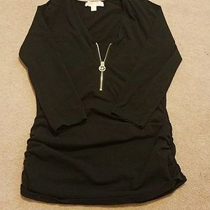 Michael Kors medium 1/4zip. Long sleeve